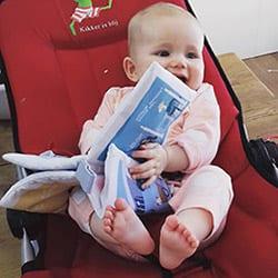 Baby met Zacht Babyboekje Rotterdam | NOOX City Kids