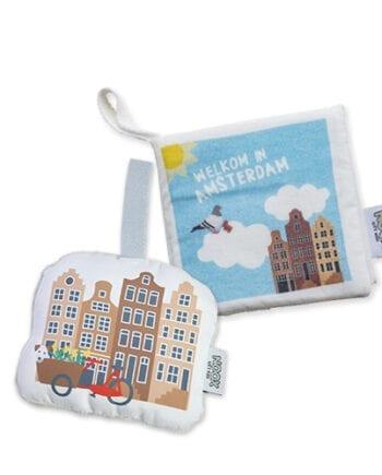 Cadeaupakket Amsterdam met zacht babyboekje en soft toy met gratis verzendkosten en korting | NOOX City Kids