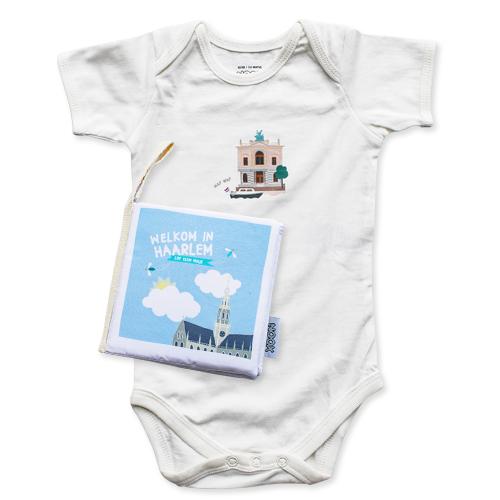 Zacht babyboekje en romper Haarlem   NOOX City Kids