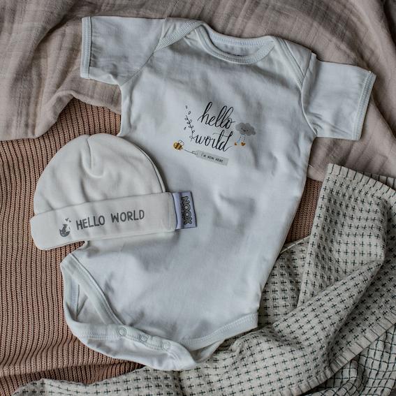 Cadeaupakket Hello World met zacht rompertje en babymutsje | NOOX City Kids